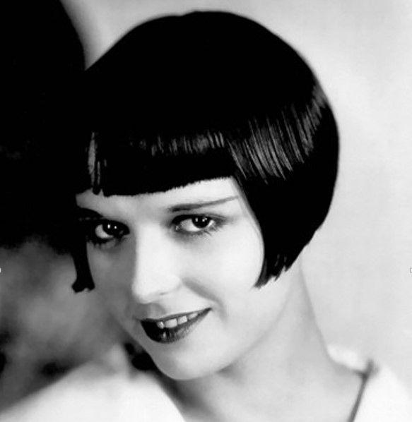Коко Шанель (1883-1971) – стрижка Боб (Габриэль Бонёр Шанель — французский модельер, основатель модного дома Chanel)