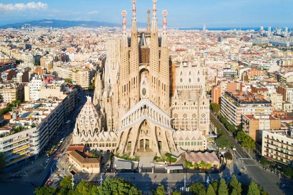 Искупительный храм Святого Семейства А. Гауди, Барселона самостоятельно