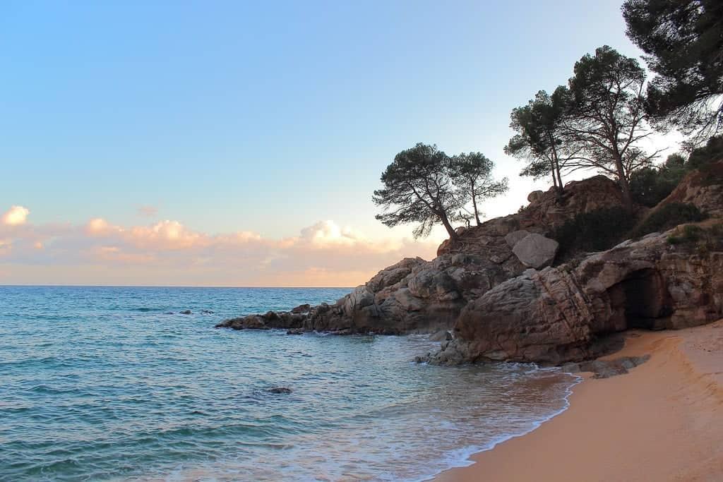 Пляж Кала Тремаль (Cala Treumal)