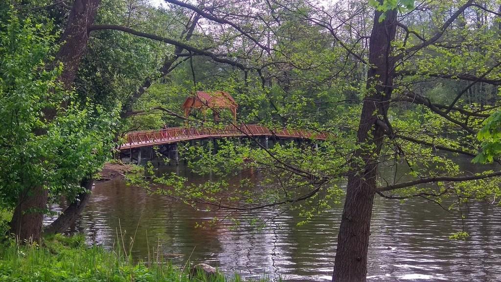 Пуща-Водица, мост