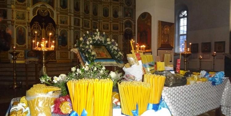 Освящение церковных свечей на Сретение